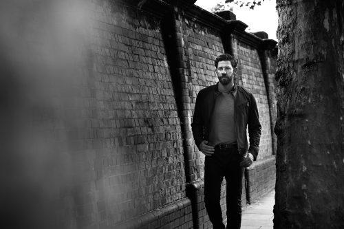 Photograph 2016 Chris Floyd John Krasinski John Krasinski - Male;Location;Portrait;Actor;Comedy